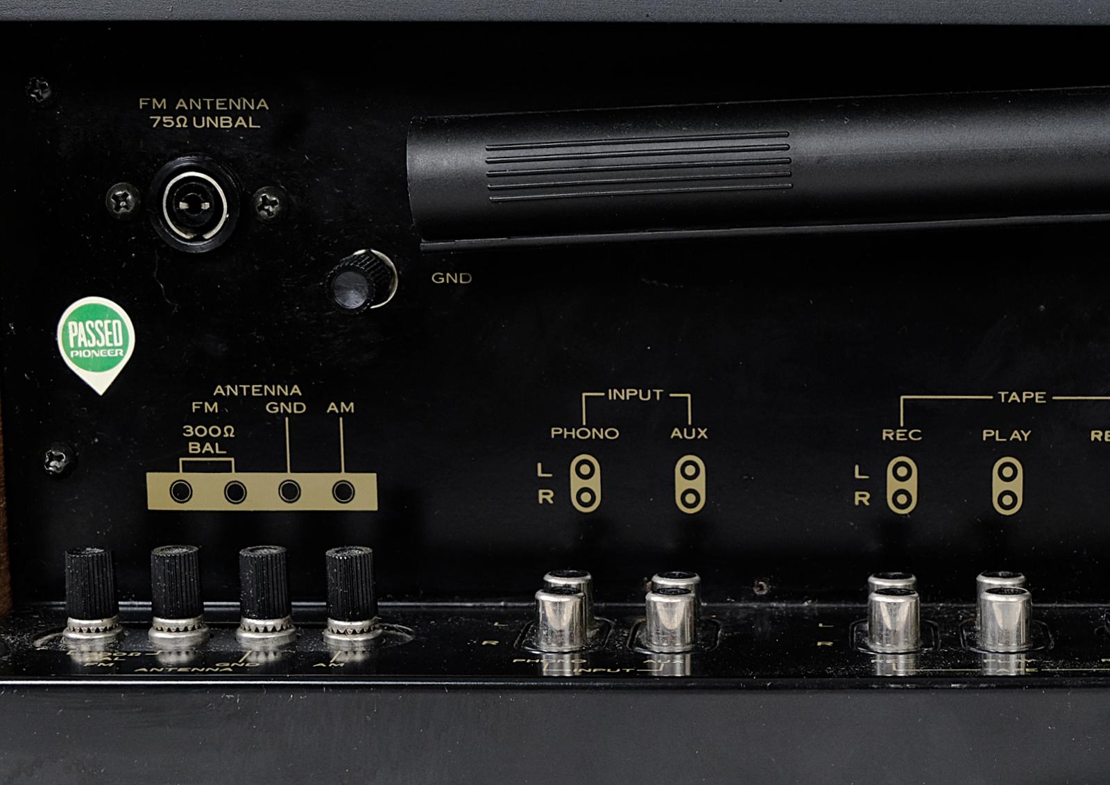Vintage Pioneer SX-450 stereo receiver  Teak