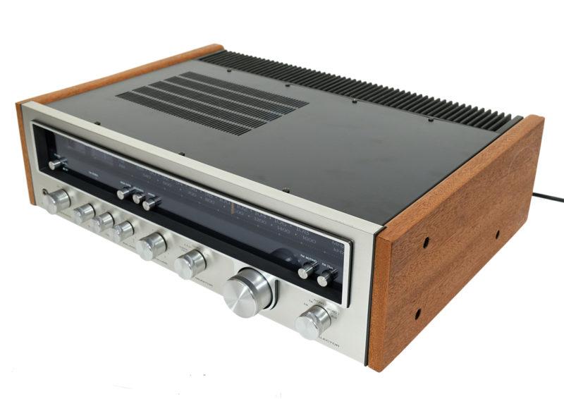 Amplituner Kenwood Classic Vintage.