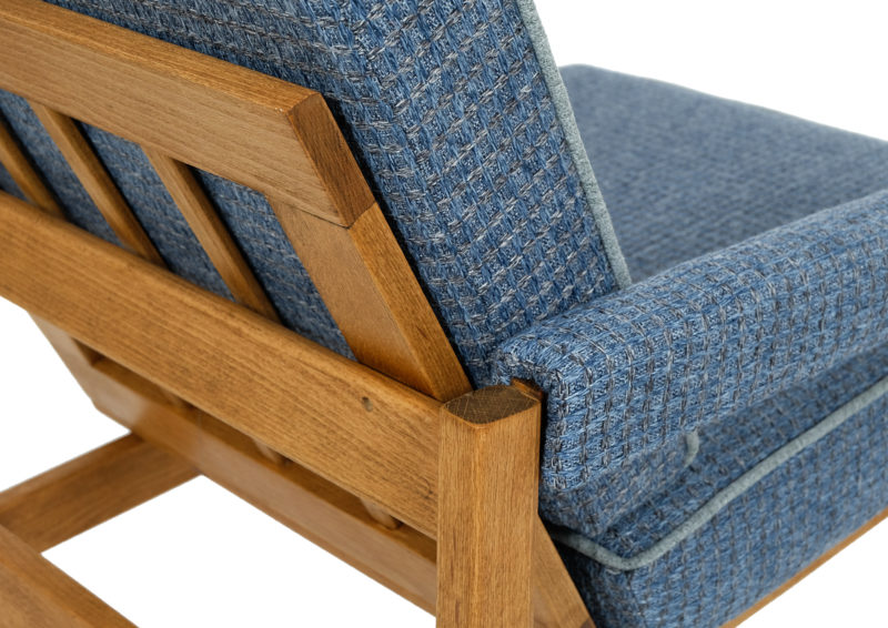 fotele lata 70 po renowacji