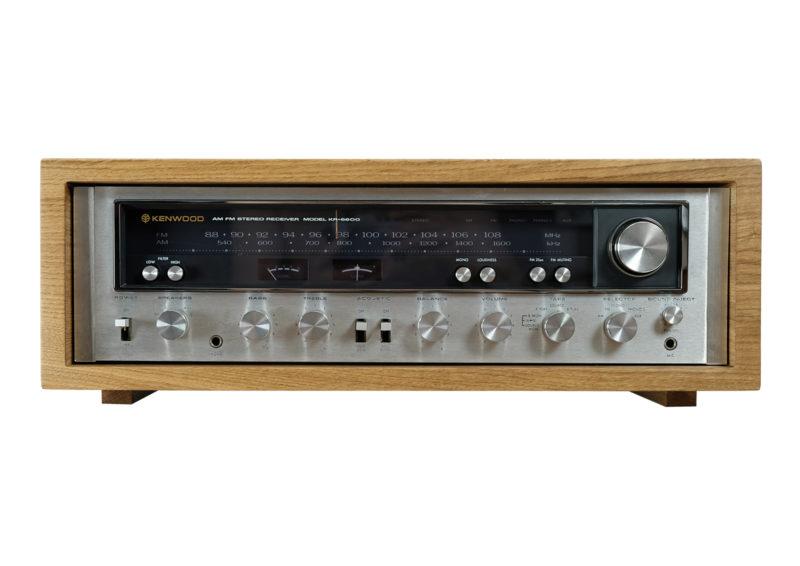 Kenwood KR 6600. Oak Wood Case.