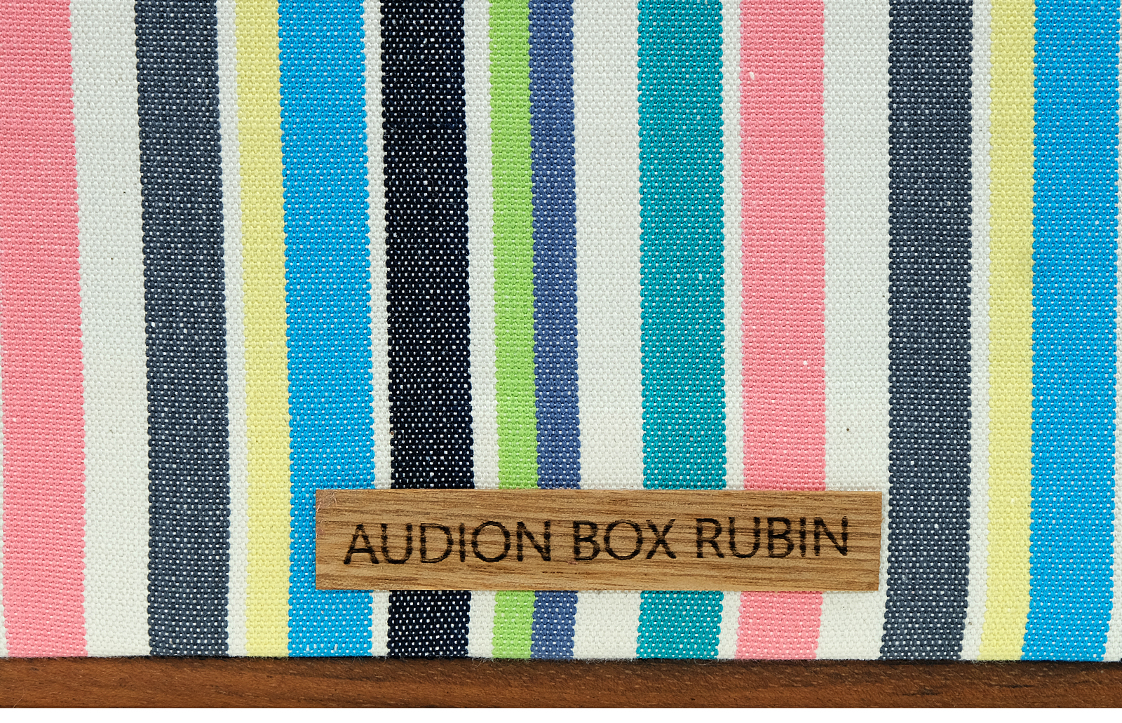 Audion Box Rubin 270