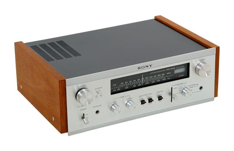 Sony STR 6040. Solid State.